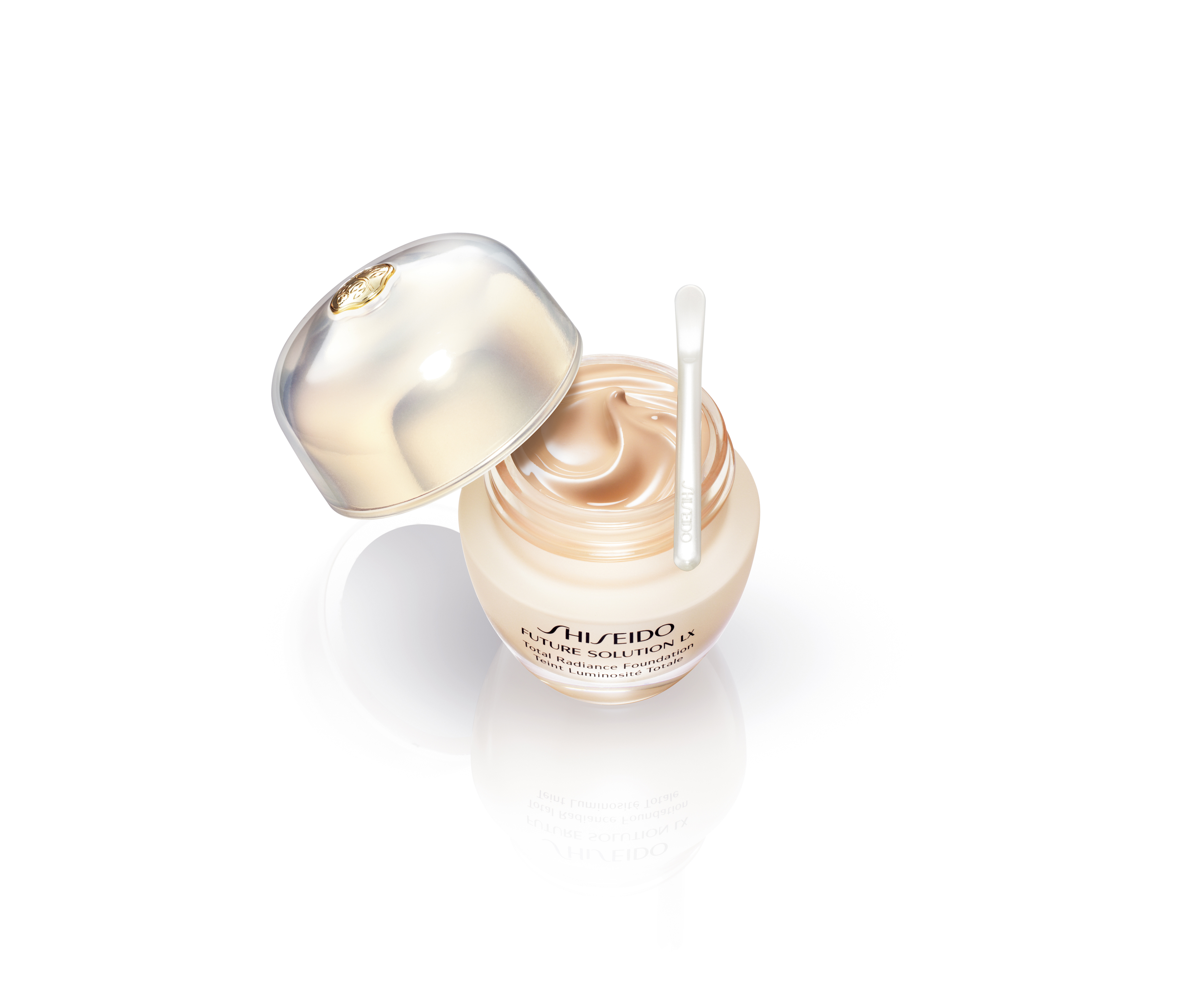 Future Solution LX Total Radiance Foundation, de Shiseido