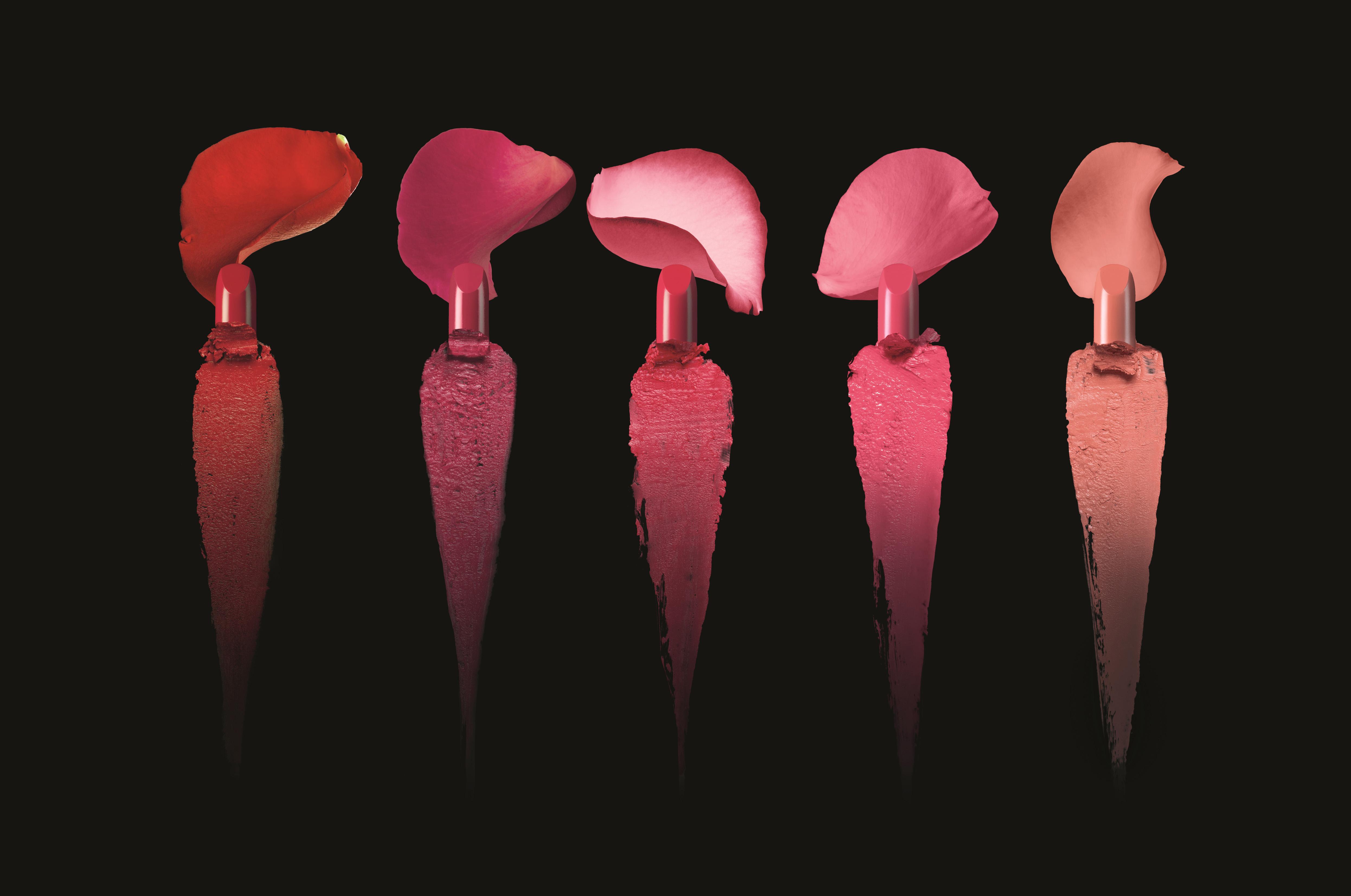 Texturas y pétalos de L'Absolu Rouge