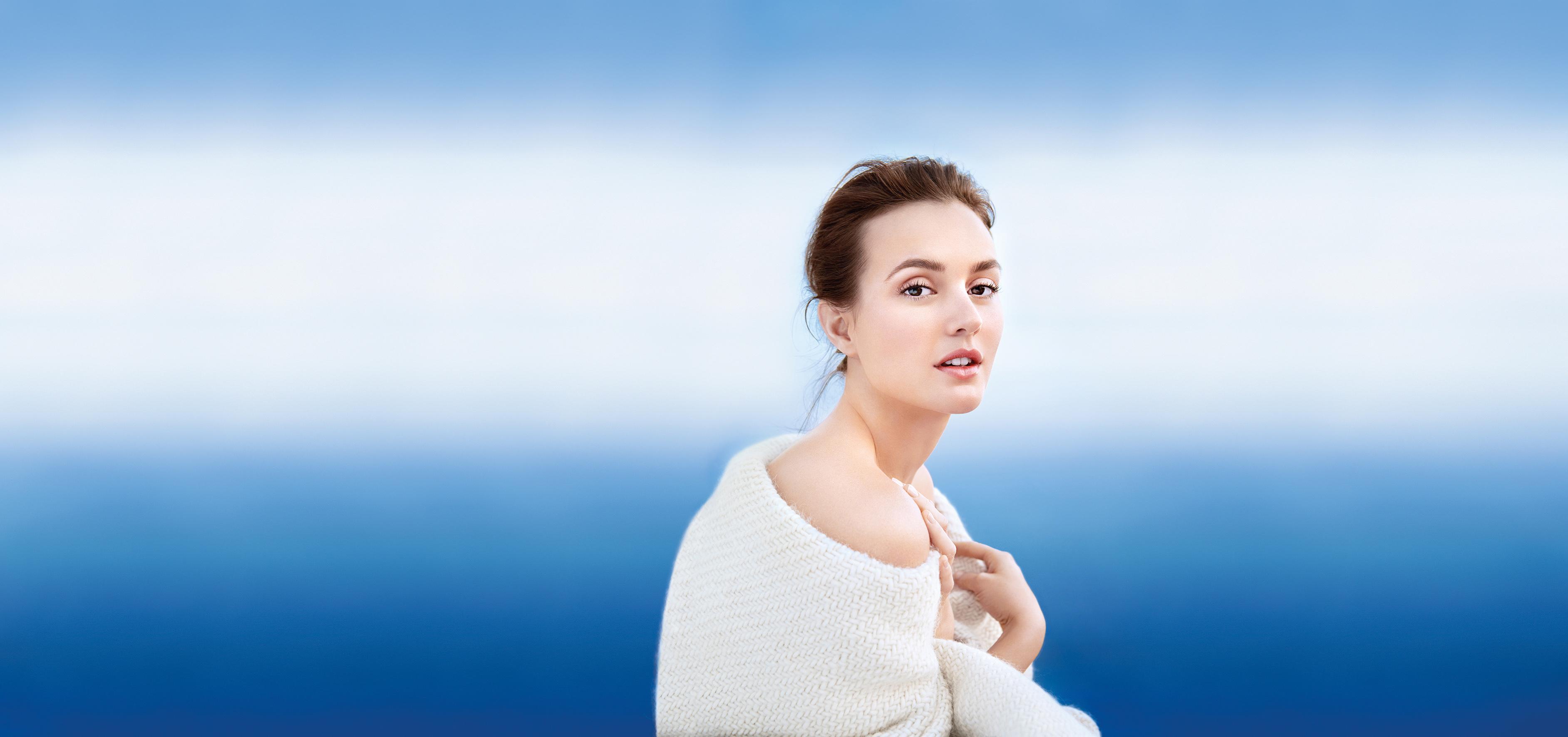 La actriz Leighton Meester publicita Aquasource Cocoon, de Biotherm