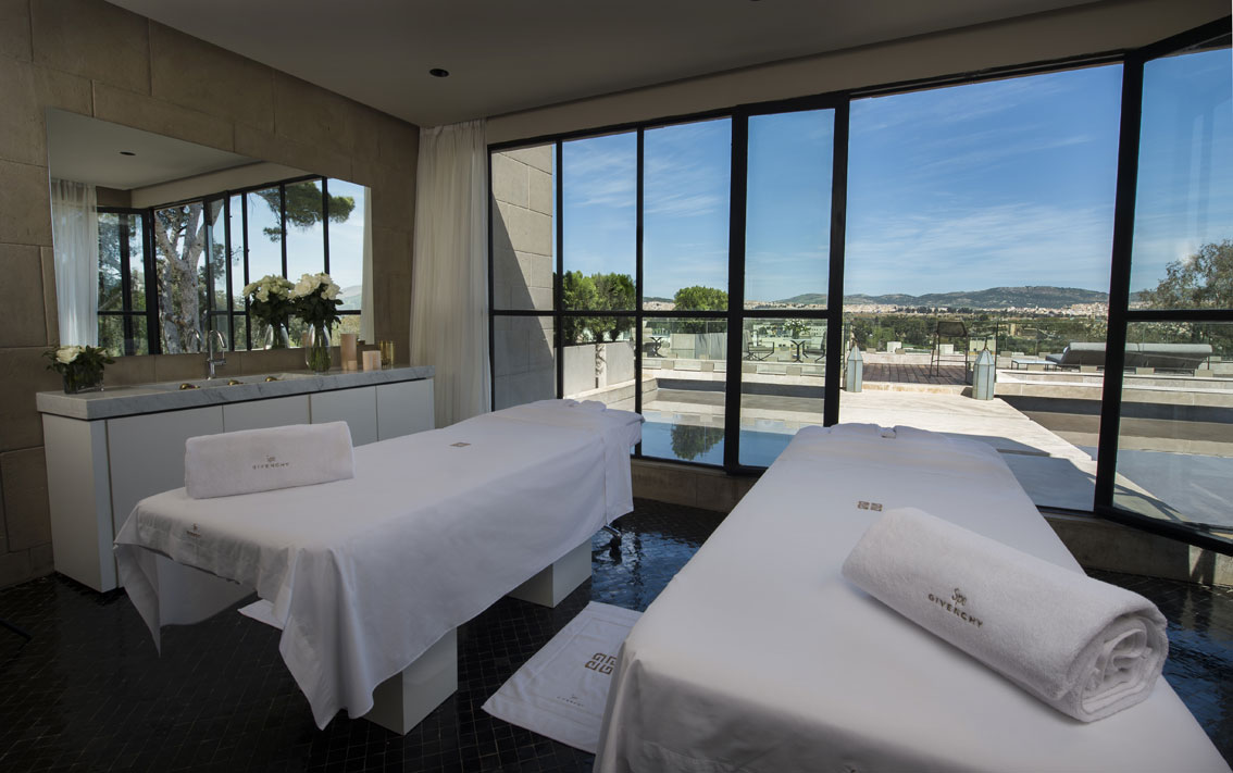 Descubre fez desde el spa givenchy en el hotel sahrai for Affitti cabina cabina resort pinecrest