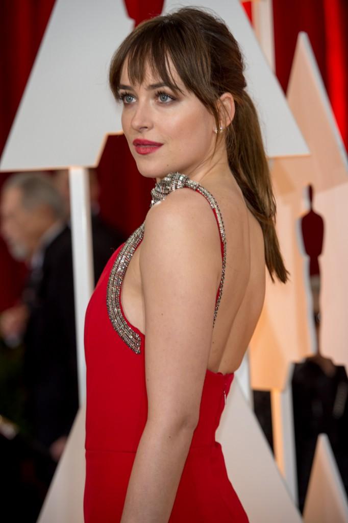 Dakota Johnson en los Óscars 2015.