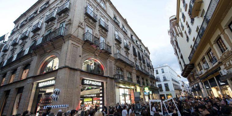Sevilla se volcó con la fiesta de Sephora.