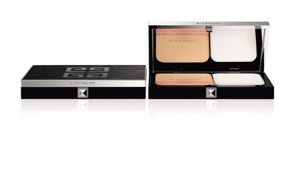 Teint Couture Compact, Givenchy.