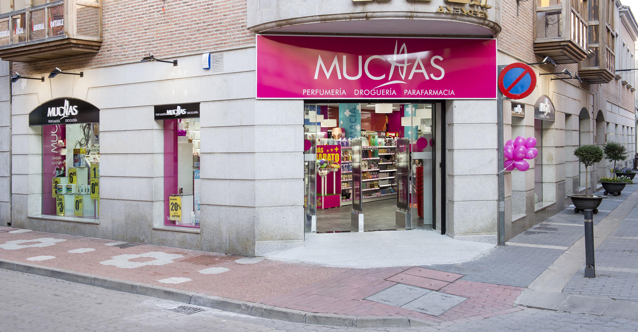 Muchas. Medina del Campo (Valladolid).