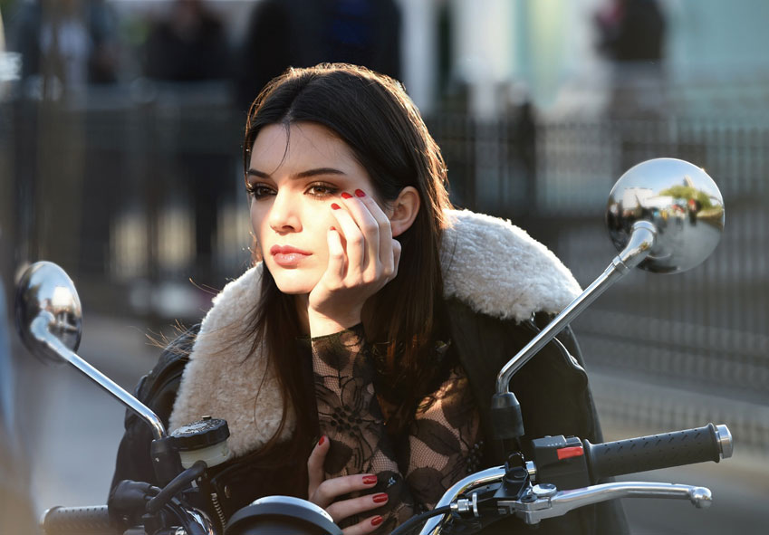 Kendall Jenner para Estée Lauder.