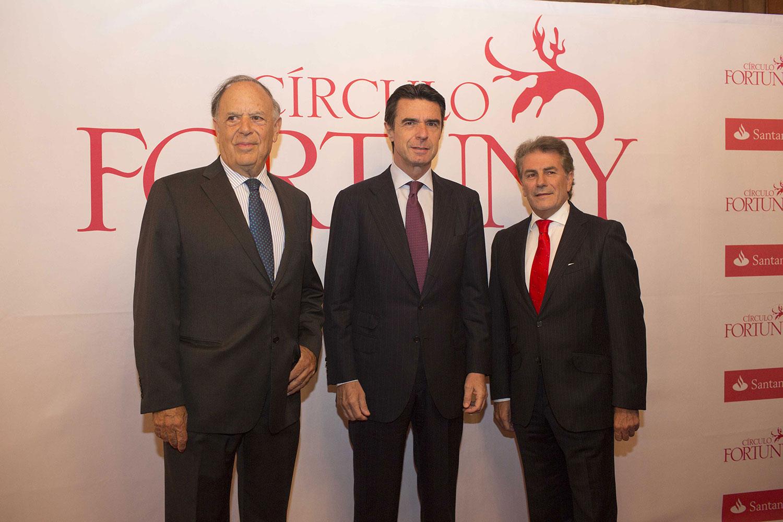 El presidente ejecutivo de Círculo Fortuny, Carlos Falco; el Ministro de Industria, José Manuel Soria y el director general de Banco Santander, Enrique García Candelas, en el IV Día Fortuny.
