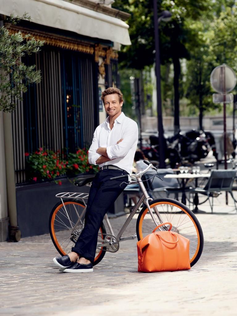 Simon Baker para Gentlemen Only Casual Chic, de Givenchy.