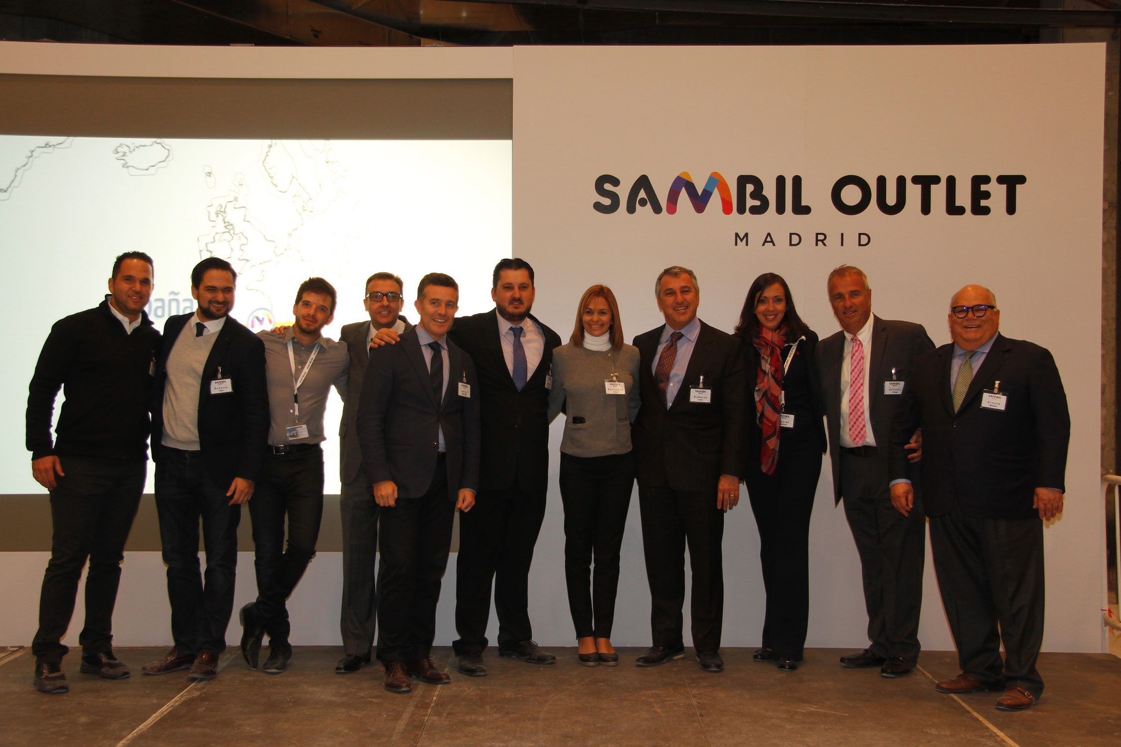 Equipo Sambil en la inauguración.