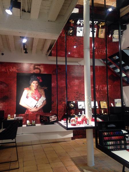 Chanel, primera tienda permanente de belleza.