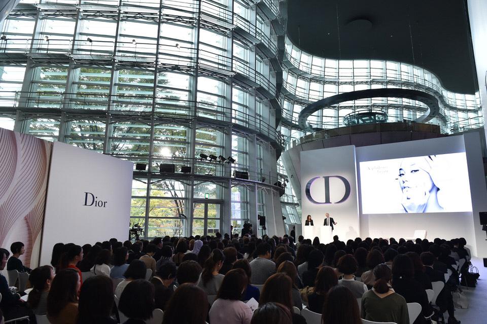 Simposio de Dior en Tokio.