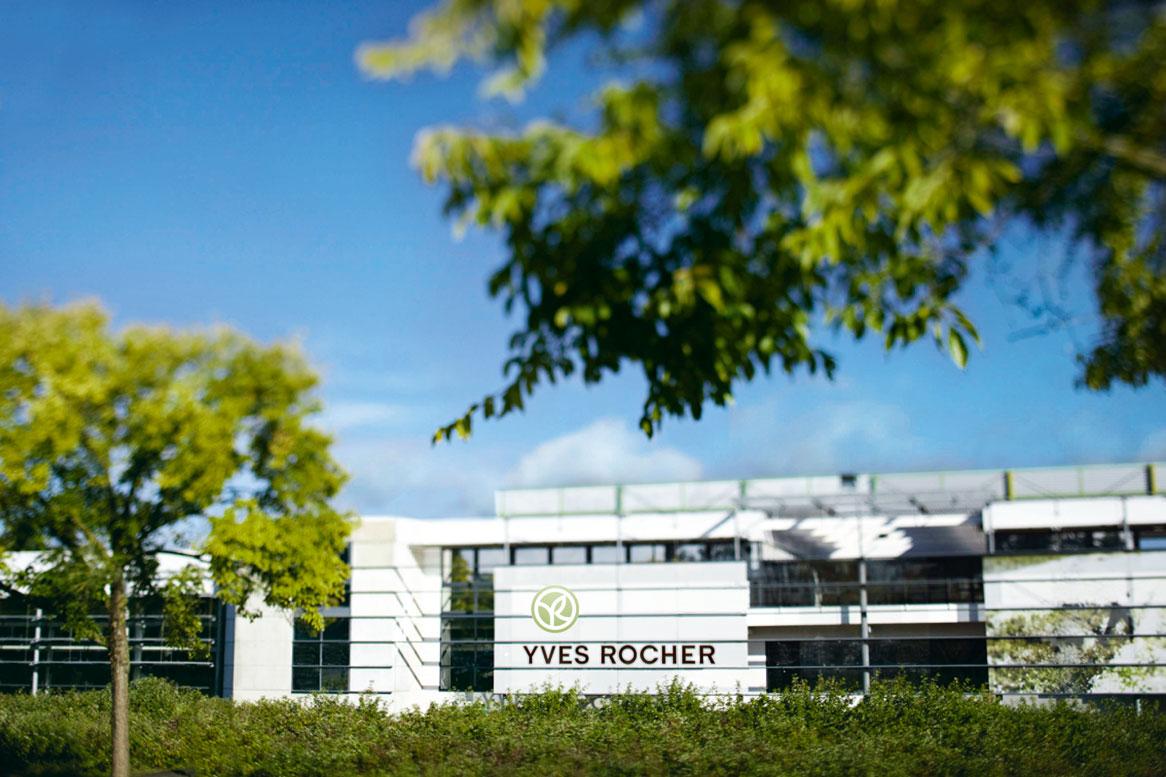 Fábrica de Yves Rocher en La Gacilly (Francia).
