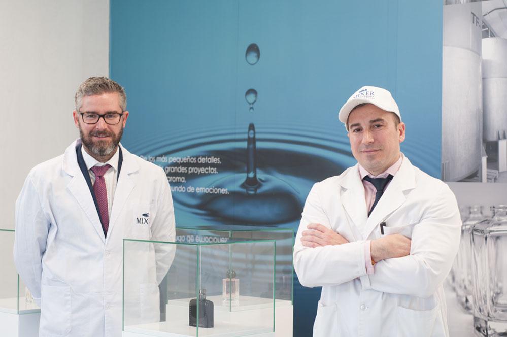 Agustín y Celso Gómez Loeches, director de marketing y comunicación y CEO de Mixer & Pack.