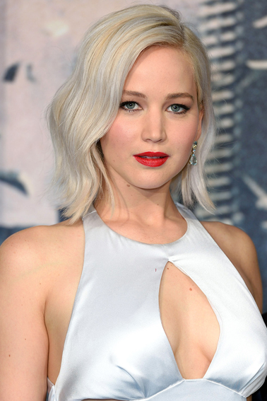 """X-Men Apocalypse"" - Global Fan Screening - Red Carpet Arrivals Jennifer Lawrence"