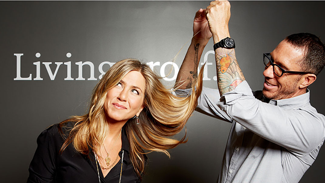 Living Proof, con Jennifer Aniston y su estilista Chris McMillan.