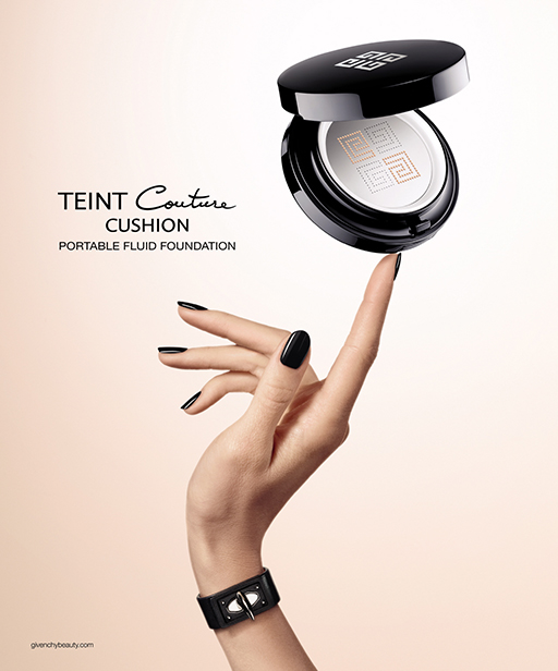 Givenchy TEINT COUTURE CUSHION
