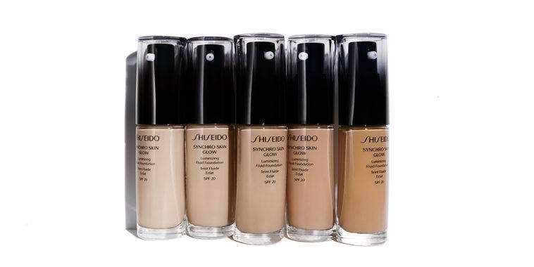 Shiseido Synchro Skin Glow, fondo de maquillaje