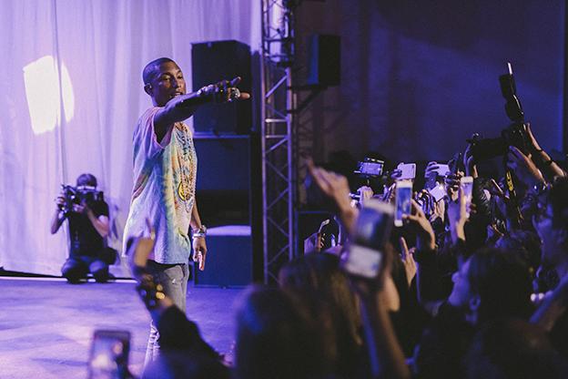 Pharrell Williams, concierto en la fiesta de lanzamiento del perfume Gabrielle Chanel