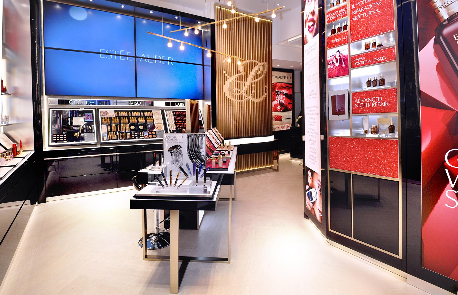 Boutique Estée Lauder en Milán.