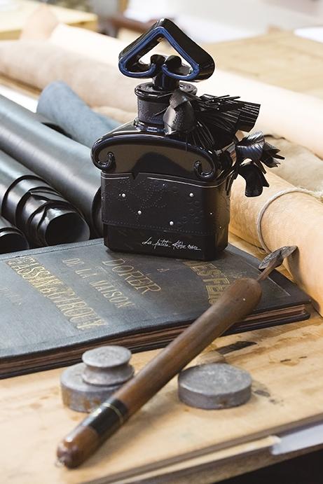 Guerlain La Petite Robe Noire edición limitada Tassin