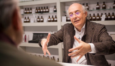 Agustí Vidal, perfumista de Symrise y académico de la Academia del Perfume.