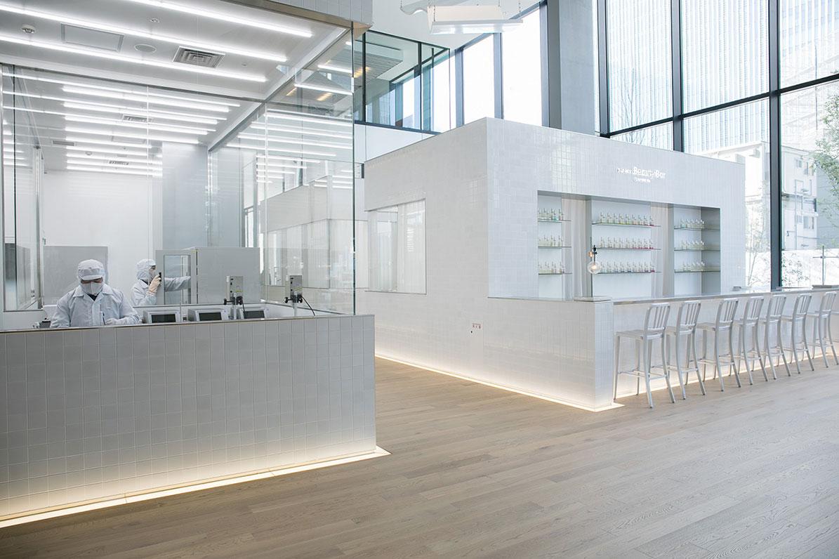 El beauty bar del Global Innovation Center de Shiseido, en Yokohama.