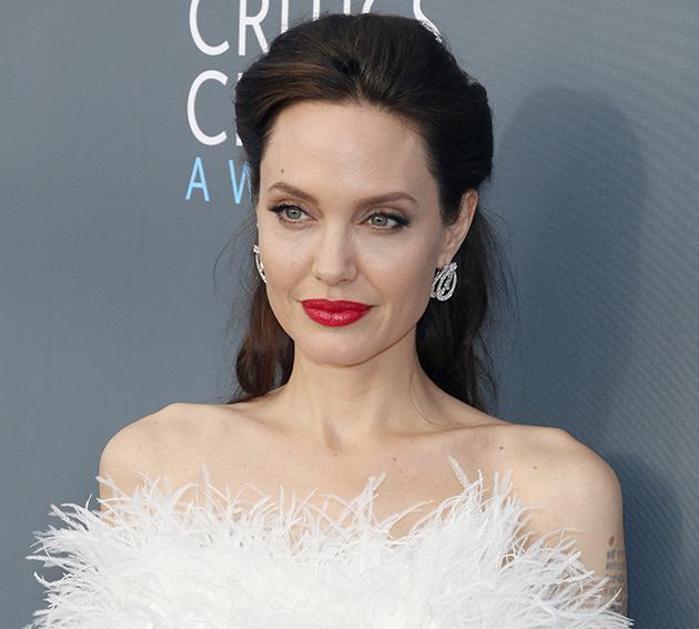La Angelina Jolie es otra de las mujeres más bellas para las españolas.