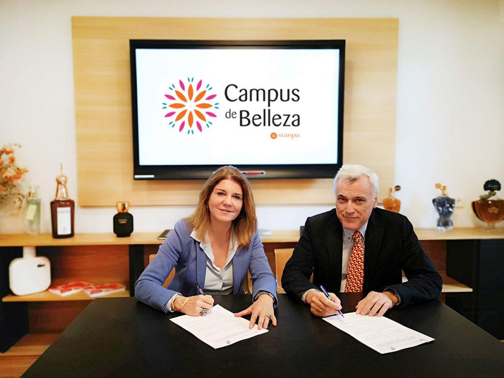 Firma creación del Campus de Belleza Stanpa.