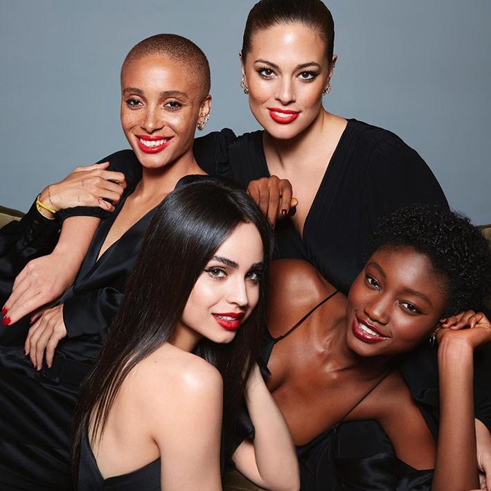 REVLON_Imagen_Ambassadors, Y tú, ¿también te maquillas en casa durante el confinamiento?