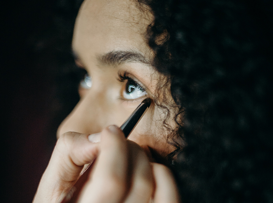 Brocha de maquillaje delineado de ojo