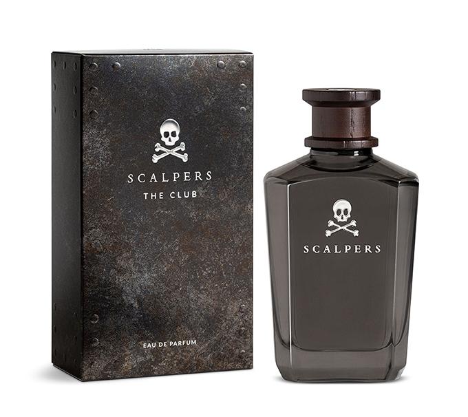 Scalpers The Club se inspira en el trabajo de sastrería y eso se refleja en un frasco con detalles de ese universo.