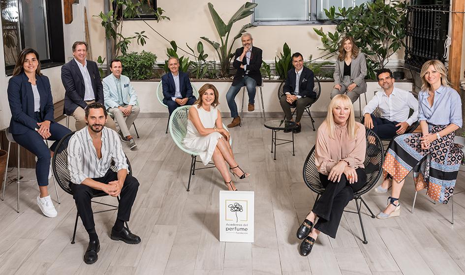 El jurado de arte y cultura vota en los Premios de la Academia del Perfume