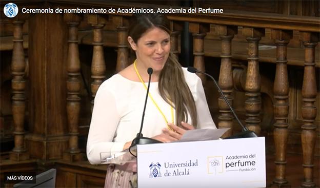 Nuria Cruelles, perfumista de Loewe, ocupa el sillón narciso de la Academia del Perfume.