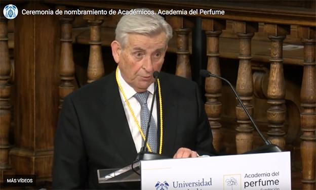 Rosendo Mateu, maestro perfumista, ocupa el sillón Vainilla de la Academia del Perfume.